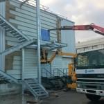 Escalier d'accès toiture en cours de montage